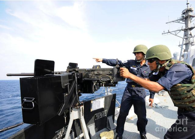 bangladesh-navy-sailors-fire-stocktrek-images