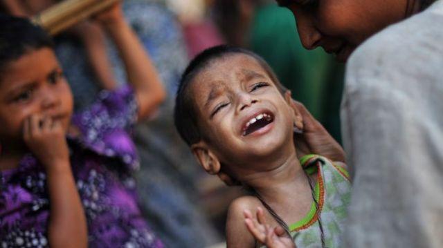 Iran-delivers-humanitarian-aid-to-Rohingya-Muslims-in-Myanmar
