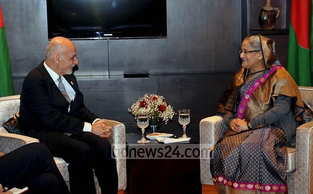 03_Sheikh+Hasina_Ashraf+Ghani+Ahmadzai_SAARC+Summit_261114_0005