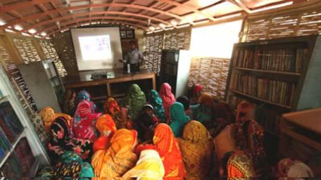 internet-technology-raises-educational-hopes-for-rural-children-in-bangladesh-1417475004-4128
