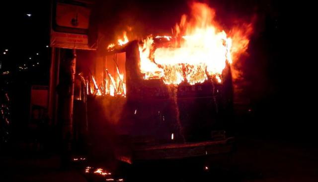 27_01_2015-Jatrabari_Arson_Attack