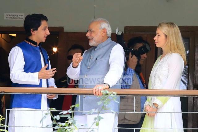 03_Narendra+Modi_Dhanmondi+32_060615_0009