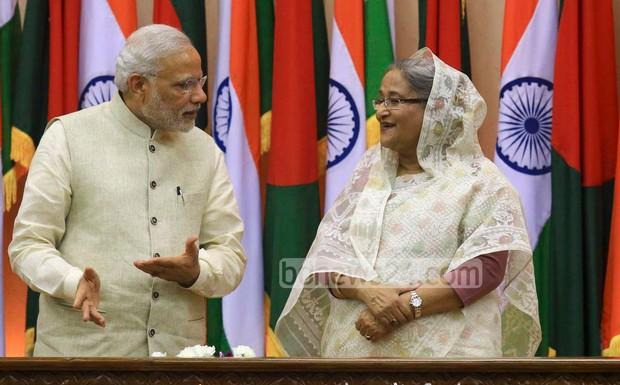 21_Narendra+Modi_Sheikh+Hasina_06062015_0010