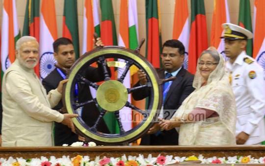 21_Narendra+Modi_Sheikh+Hasina_06062015_0016