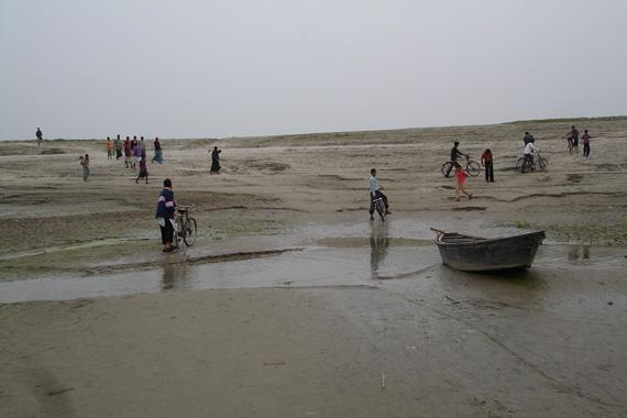 DRY-GANGA-(Padma)-in-Rajshahi-BanglaDesh
