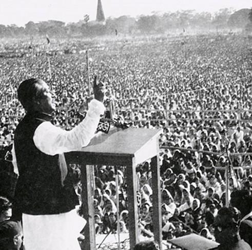Bangabandhu-Sheikh_Mujib_giving_speech_7th_March_Wikimedia-Commons