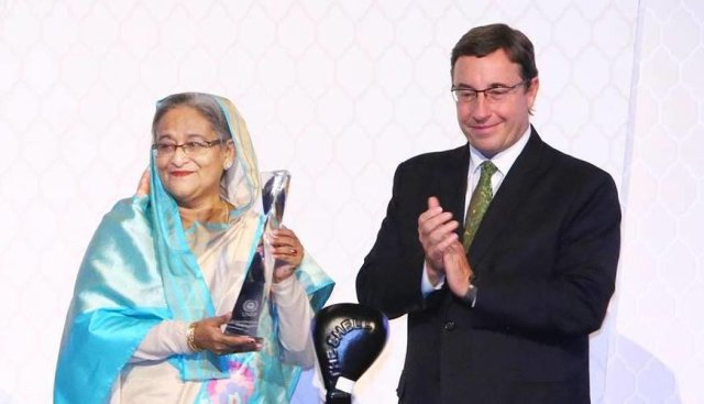 SHEIKH HASINA_receives_Champions_of_the_Earth