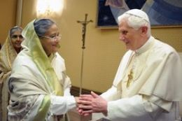 SHEIKH HASINA WITH POPE